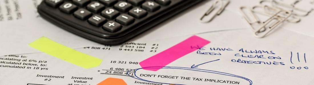 La importancia de los sistemas contables y el control del dinero empresarial.